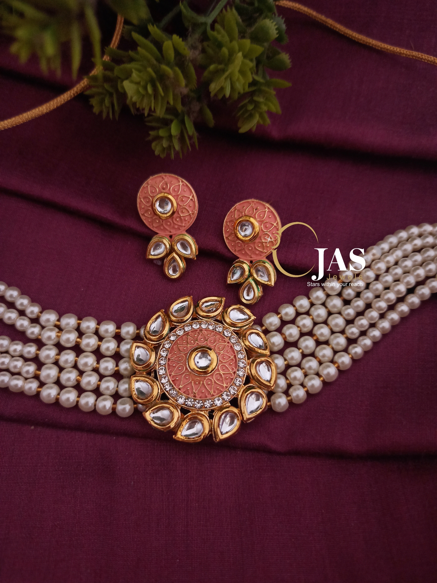 Beautiful Kundan Meena Choker Set