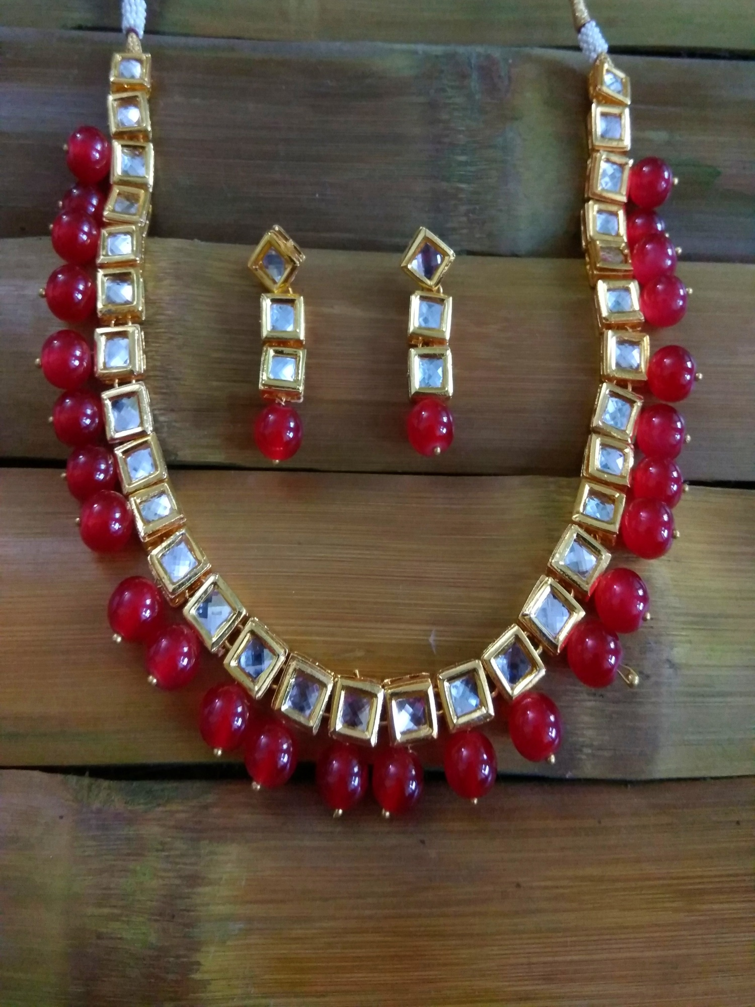 Kundan Single String Necklace set