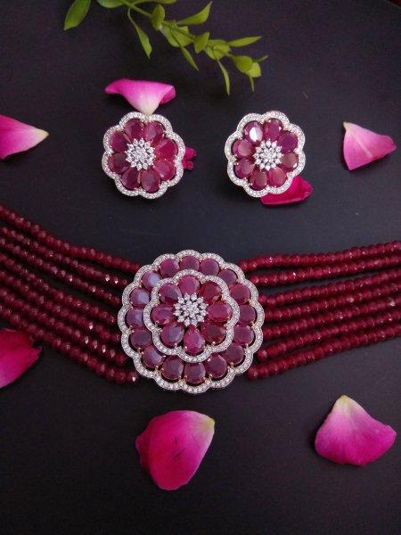Beautiful Choker Necklace Set