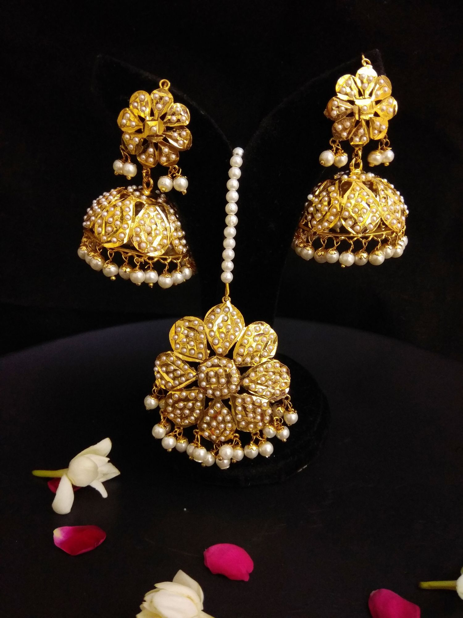 Traditional Jadau Jhumka with Maangtika