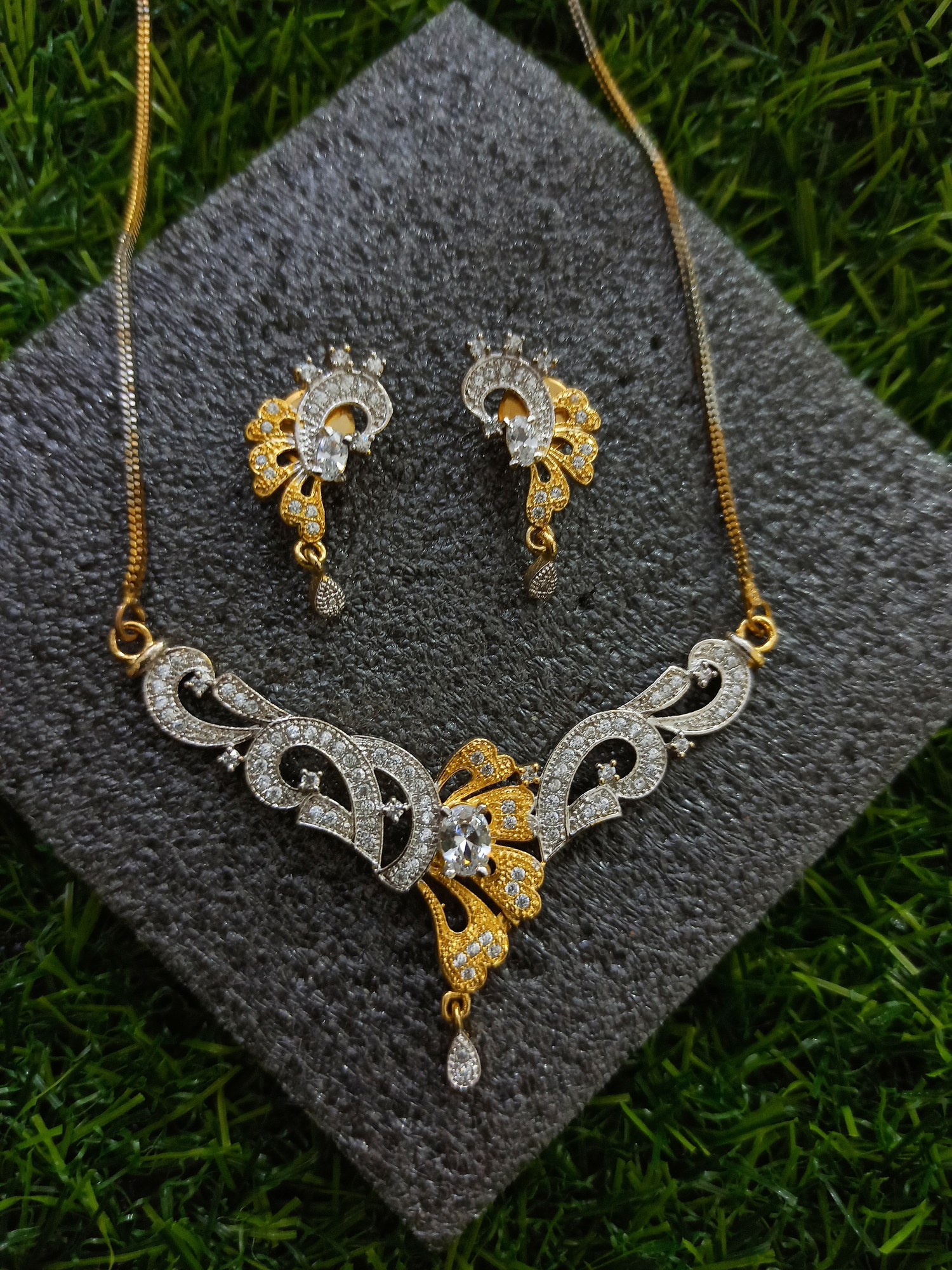 Contemporary Style Mangalsutra Set
