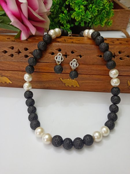 Pearl n Lava Beads String with Earrings